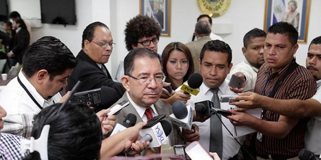 Gobierno promueve debate sobre pensiones, no privatización, asegura Chicas