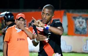 Nicolás Muñoz de Águila anotó dos goles en la victoria de su equipo 3-0 sobre Sonsonate. Foto Diario Co Latino/ Cortesía.