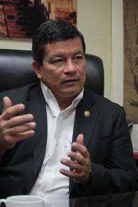 Manuel Flores, diputado del FMLN.