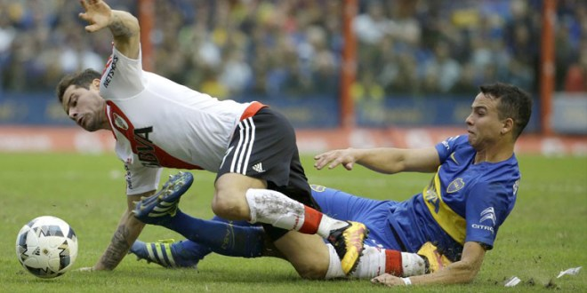 Boca y River empatan sin goles en tenso superclásico