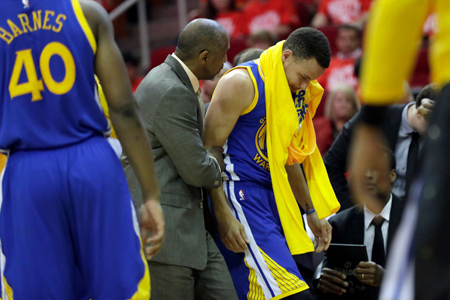 Curry será baja al menos dos semanas