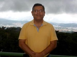 Guillermo Mártir, Coordinador del Centro de Atención Psicológica para los Juzgados de Paz de San Salvador. Foto Diario Co Latino.