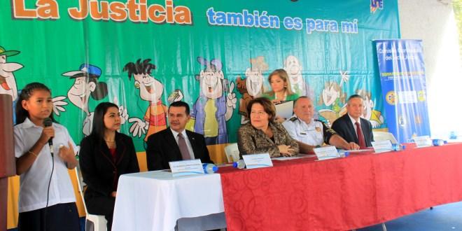 UTE promueve la denuncia ciudadana y prevención de la violencia para centros educativos