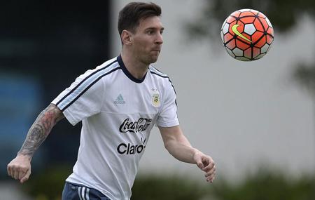Messi viajará a Argentina antes de declarar en España