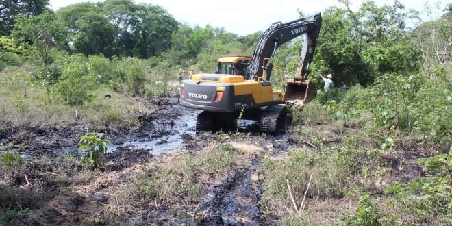MARN verifica medidas por el derrame de melaza en río Las Cañas