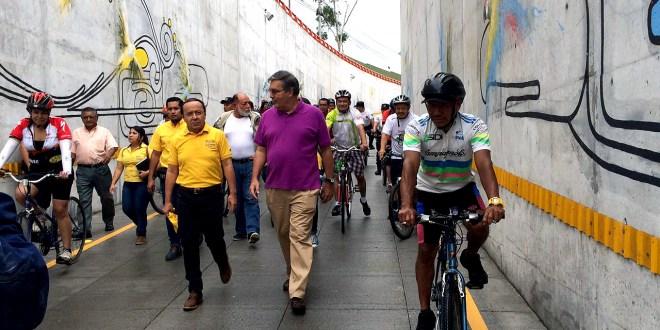MOP entrega obra artística en túnel Naciones Unidas  y habilita vía de recreo
