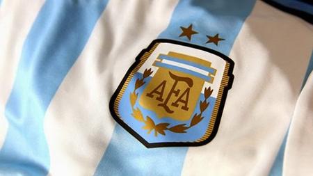 FIFA envía una comisión normalizadora por crisis en fútbol argentino