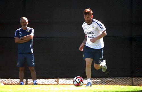 Messi se pone a punto para el partido con Panamá
