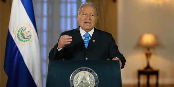 Presidente Sánchez Cerén anuncia medidas para resolver situación fiscal