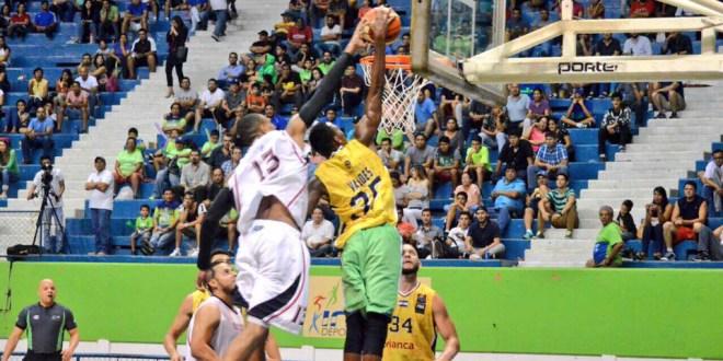 Tecla gana y Halcones cae en  inicio de la Liga Centroamericana  de Baloncesto