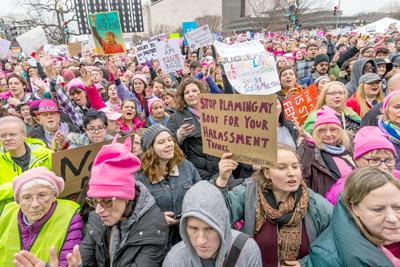 Millones de mujeres de Estados Unidos y del mundo se manifiestan contra Trump