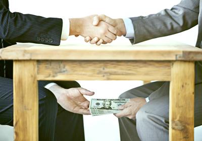 """La corrupción, un """"contexto propicio"""" para los populismo, afirma Transparencia"""