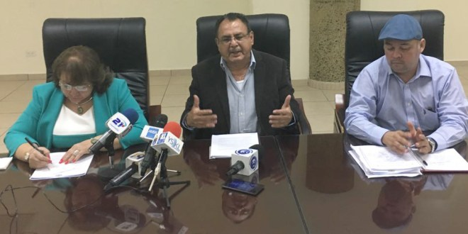 Alcalde asegura que han cumplido demandas a empleados en huelga