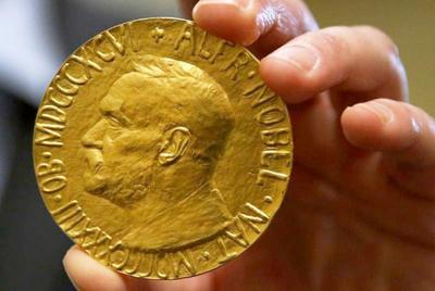 Cumbre Mundial de Premios Nobel de la Paz en Bogotá