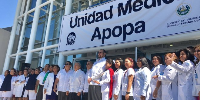 Inauguran moderna unidad médica al norte de San Salvador