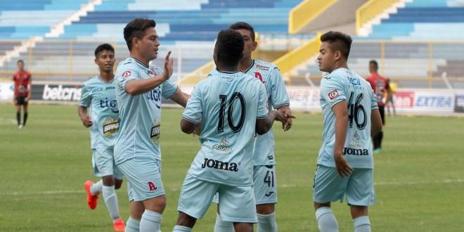Pocas sorpresas en la Copa El Salvador