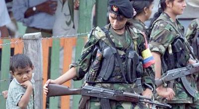 En Colombia, la guerrilla FARC comienza a dejar las armas