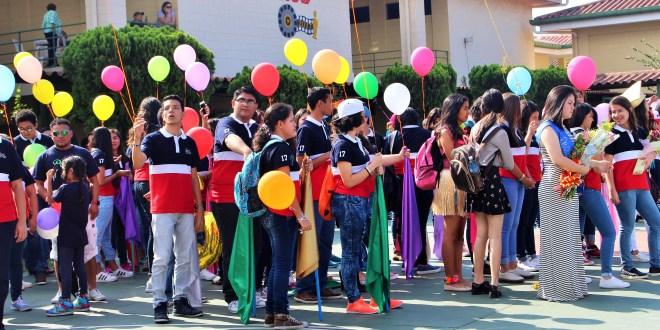 Colegio Fátima celebra intramuros