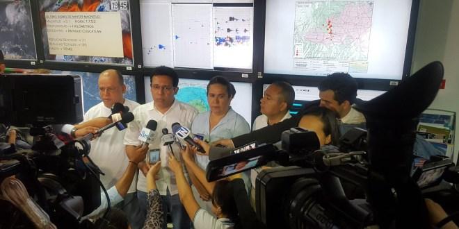 Un muerto y dos personas lesionadas  por derrumbe a causa de fuerte sismo