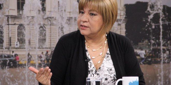 Gobiernos de ARENA debilitaron al Estado para favorecer a los poderes empresariales: Evelyn Martínez
