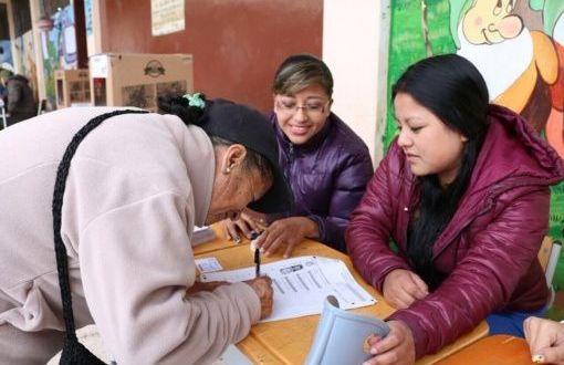 CNE de Ecuador: Participación alcanza 41 % a cinco horas de iniciar elecciones