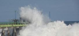 Protección Civil emite aviso por oleaje alto