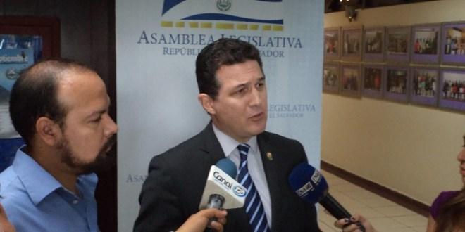 ARENA es un partido con fundamentos  en la corrupción según Juan Valiente