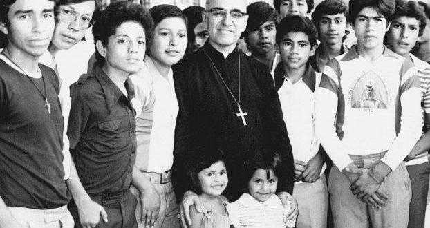 Organismo insta a que filosofía de Monseñor Romero se incluya en currícula educativa