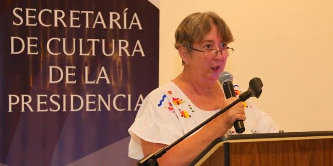 Escritora salvadoreña ganó los  Juegos Florales Hispanoamericanos