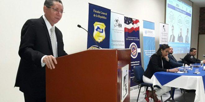 FGR y UNODC lanzan campaña  contra el lavado de dinero