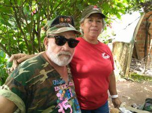 José Eliseo González y Amalia Peña de la Asociación de Veteranos y Veteranas de Guerra participaron en la caminata al cerro de Guazapa. Foto Diario Co Latino.
