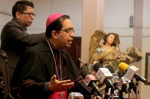 Monseñor Escobar Alas exhorta al Estado a ser garante de los fondos de los trabajadores