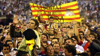 Justicia española estrecha cerco sobre independentistas catalanes