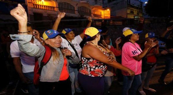 Más del 95 por ciento de los centros de votación en toda Venezuela ya están activos