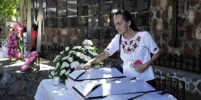 """María Dorila Márquez: """"Salí corriendo con mi hijo herido, inflamado y sufriendo"""""""