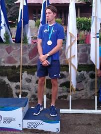 Marco Palomo de Remo ganó medalla de bronce en single peso ligero masculino. Foto Diario Co Latino/Manahen González.
