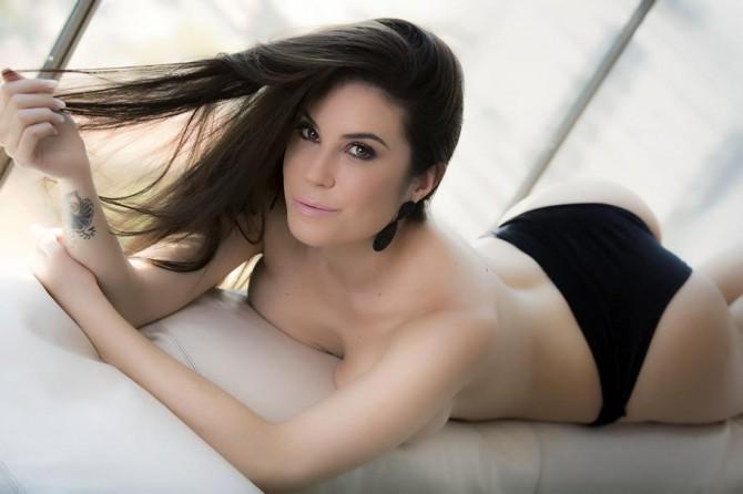 Alguém se recorda da Jéssica Amaral? A polêmica do bumbum mais bonito do Brasil?
