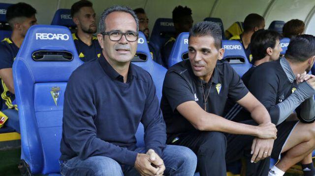 Álvaro Cervera Un respiro para el entrenador del Cádiz CF