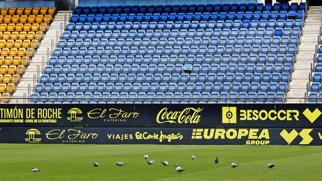 Coronavirus | Cádiz CF Imágenes del Estadio Carranza vacío en el primer  domingo sin fútbol