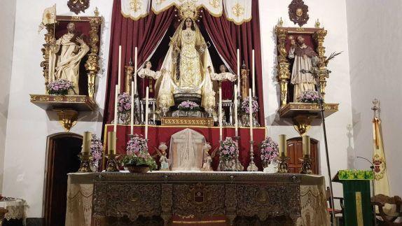 Altar de cultos de la Merced este año