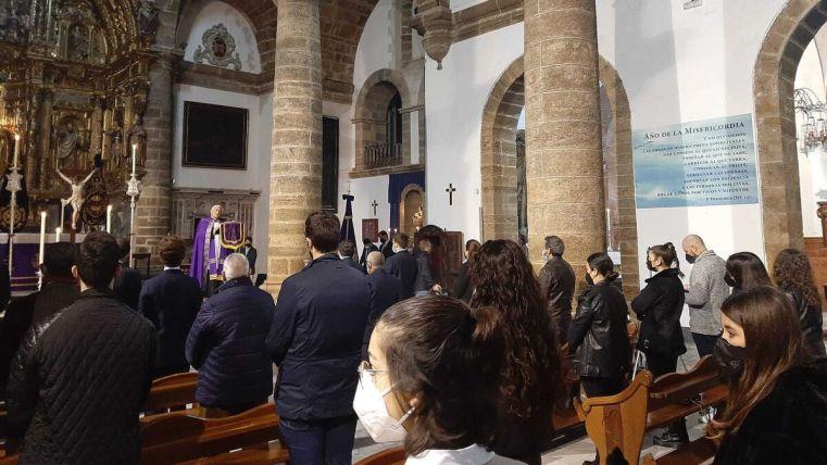 Vía crucis de la juventud celebrado el sábado 6 de marzo en Santa Cruz.