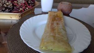 Rollito de calabacín, queso de cabra y nueces con masa filo