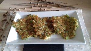 Tortitas de brócoli y calabacin