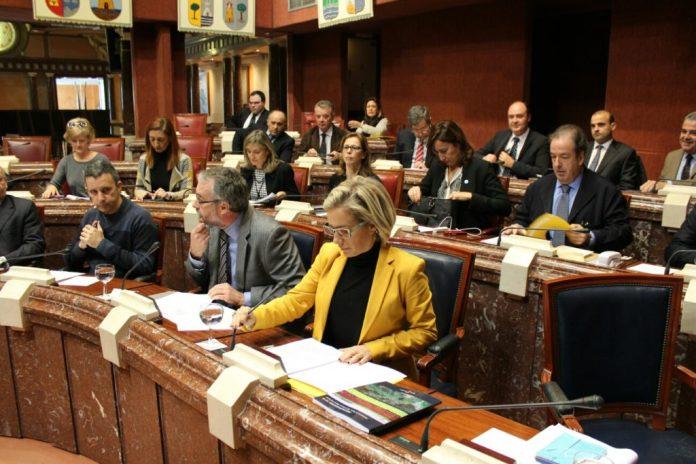 La consejera de Agricultura y Medio Ambiente presentó ayer en la Asamblea Regional sus presupuestos para 2016