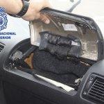 """Dispositivo que utilizaba """"El Cebollo"""" para esconder cargamentos de droga en su vehículo."""