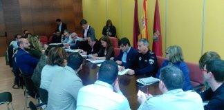 """El Ayuntamiento reunió ayer a la Mesa del """"Pacto por la Noche"""" para tratar de encontrar soluciones al ocio nocturno"""