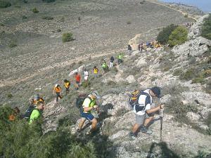 Un total de 58 senderistas participan en la última ruta de iniciación de este año