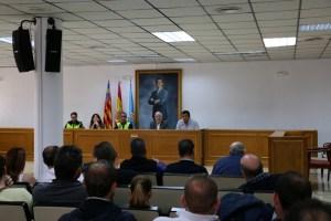 Torrevieja trasladará al Consell las dudas sobre el decreto que afecta a la continuidad de la feria