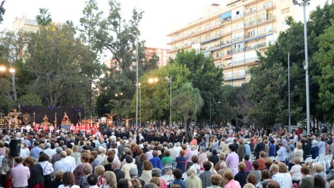 Encuentro cristos crucificados