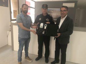 La Policía Local de Redován incorpora un alcoholímetro de última generación